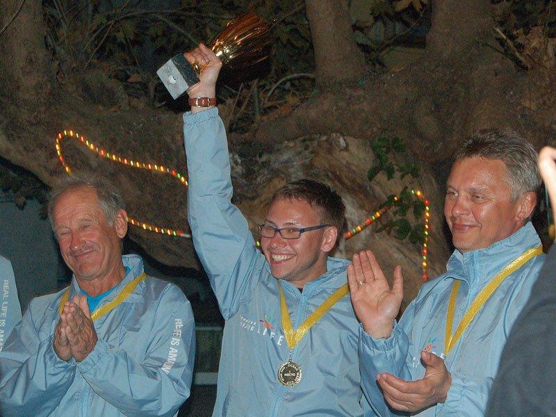 Ростислав Новодережкин привел к победе команду Amazing Life в 2008 году на первой регате OCEAN MEDI CUP