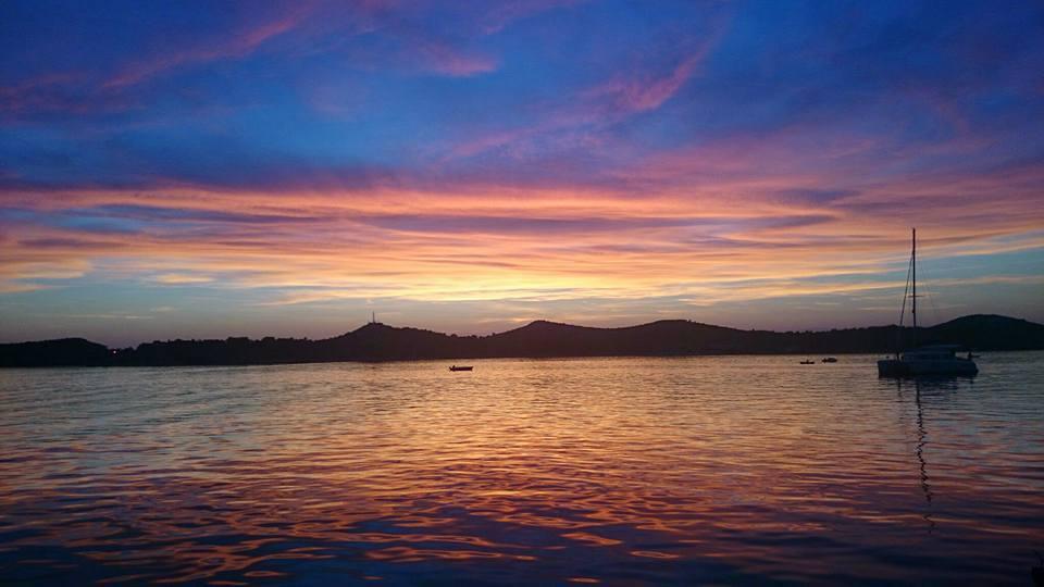 закат-море
