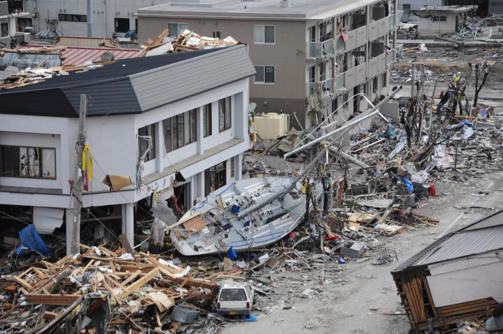 Японский город Офунато после цунами, 15 марта 2011 г.