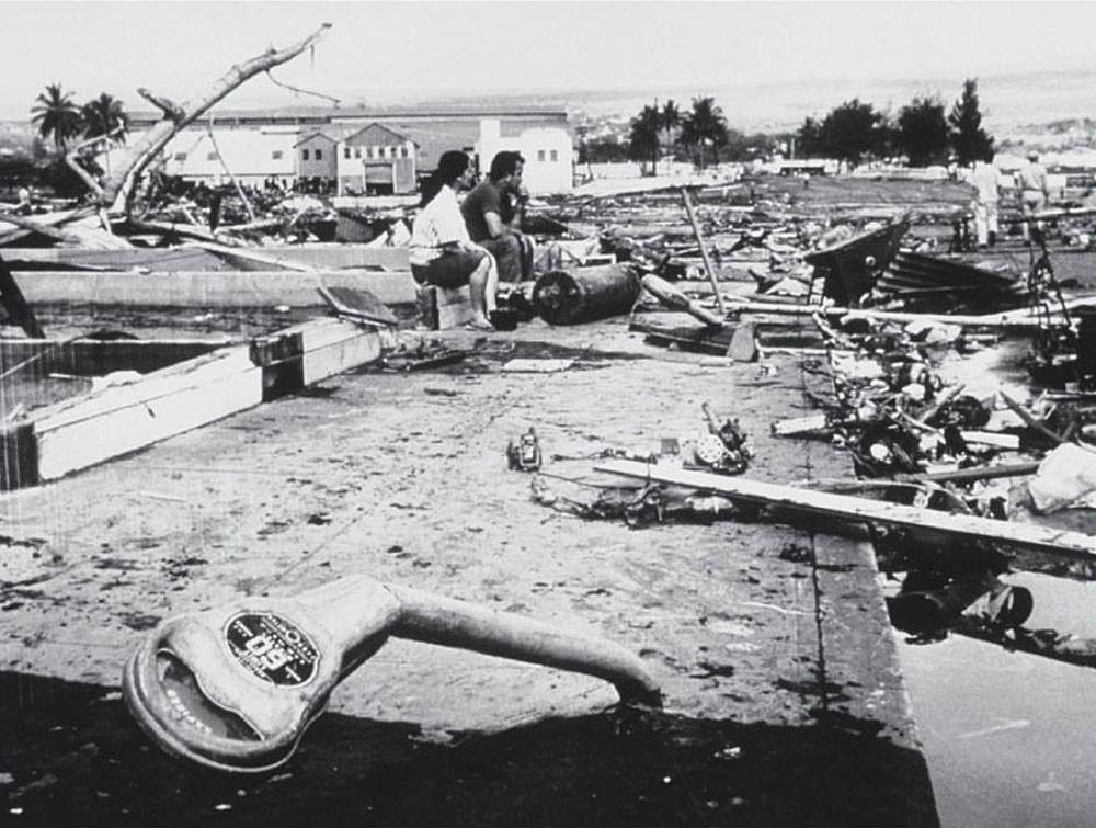 Последствия цунами в городе Хило, Гавайи, 22 мая 1960 г.