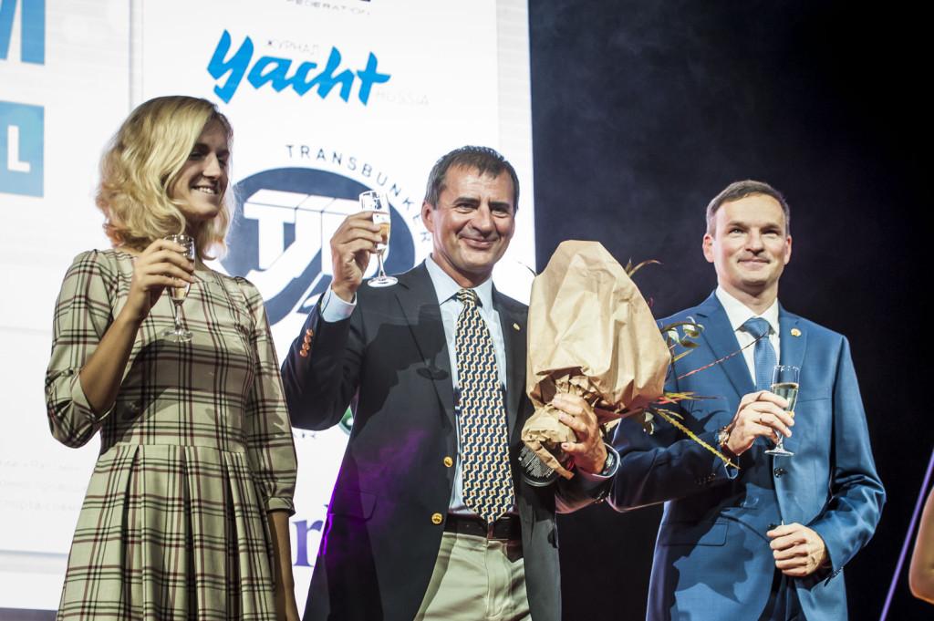 Главные победители - Елена Калинина, Владимир Просихин и Евгений Браславец // фото: © ВФПС