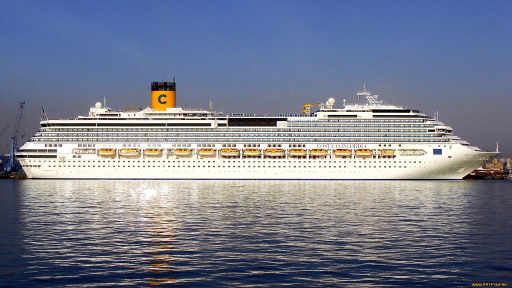 «Коста Конкордия» в порту