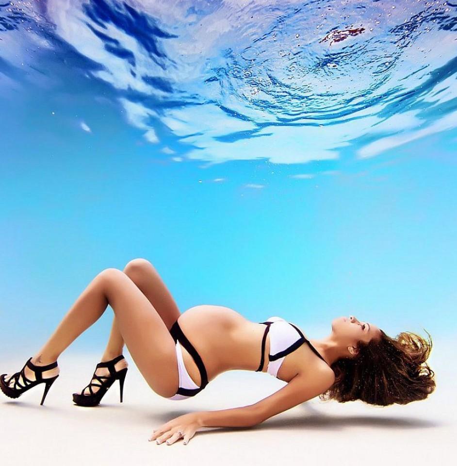 Подводные фотографии беременных от Адама Оприса 6