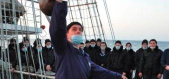 Лучших силачей выявляли на борту парусника «Паллада»