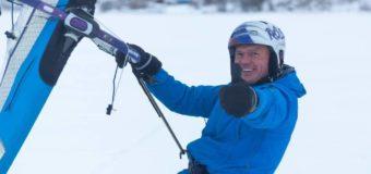 В Архангельске прошла Рождественская регата по зимнему виндсёрфингу и сноукайтингу