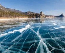 На Байкале стартовала трехдневная экстремальная гонка по льду на коньках и велосипедах