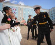 В Нахимовском военно-морском училище прозвенел последний звонок