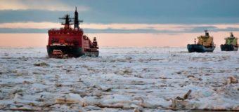Названы сроки начала круглогодичной навигации по Севморпути